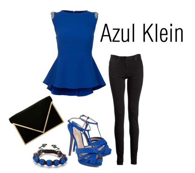 Azul Klein el favorito de la chicas este verano   LatinOL.com SpotFASHION