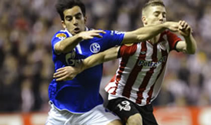El Athletic de Bilbao barre al Schalke 04 y avanza en la Europe League