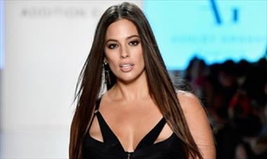 /spotfashion/asi-lucio-ashley-graham-desfilando-en-el-nyfw/63585.html