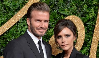 /spotfashion/-couple-goals-victoria-y-david-beckham-con-bolsos-dior-a-juego/89090.html