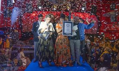/spotfashion/madrid-se-hace-con-un-doble-record-guinness-de-moda/90610.html