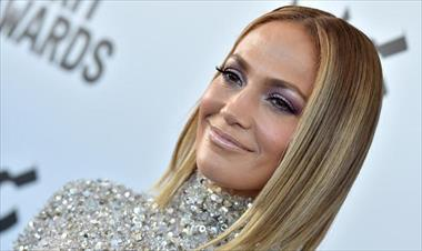 /spotfashion/jlo-beauty-la-linea-de-belleza-de-jennifer-lopez/91184.html