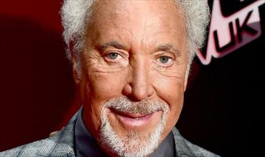 Tom Jones reveló que sufrió de acoso sexual